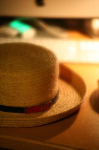 hat0001.jpg